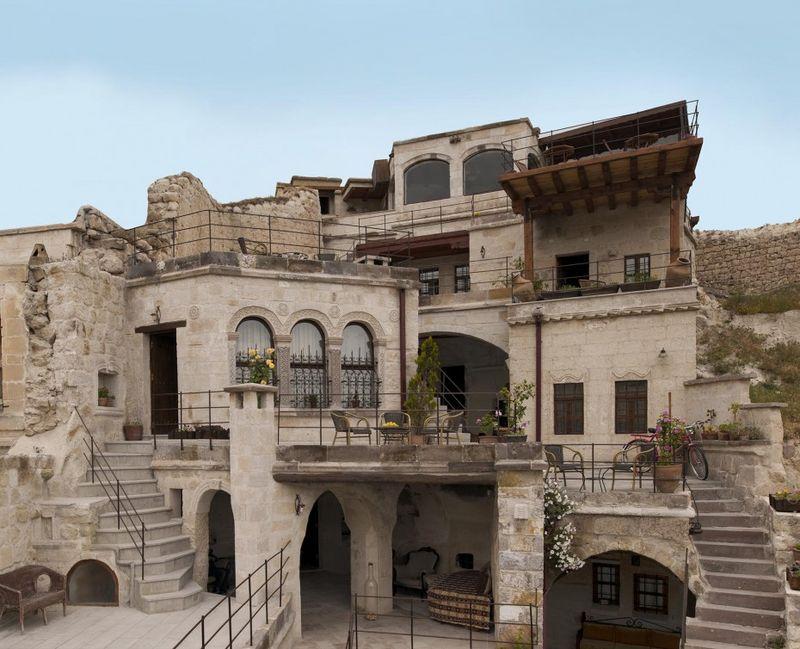 Aydinli-cave-house-03-930x754