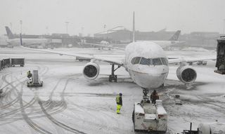 La-na-nn-winter-storms-cause-travel-delays-aft-001