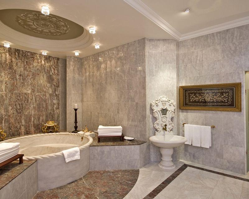 Sultan-suite-master-bathroom